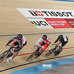06-11-2016: Wielrennen: NK Teamsprint en Ploegenachtervolging : Apeldoorn  APELDOORN (NED) wielrennen  In het Omnisportcentrum in Apeldoorn werd gestreden om de nationale titels op de ploegenachtervolging en teamsprint.  Niels van 't Hoenderdaal, Jeffrey Hoogland, Hugo Haak plaatsen zich als snelste voor de finale NK Teamsprint