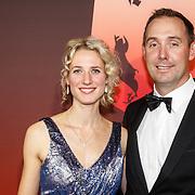 NLD/Amsterdam/20151215 - NOC / NSF Sportgala 2015, Bart Bennema uitgeroepen tot Coach van het Jaar 2015 en partner