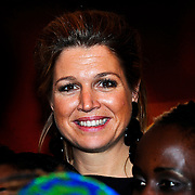 NLD/Amsterdam/20100311 - voorstelling 'Daughters of Africa, aankomst prinses Maxima