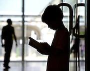 © Filippo Alfero<br /> Salone del Libro 2015<br /> Torino, 14/05/2015<br /> Nella foto: un giovane lettore