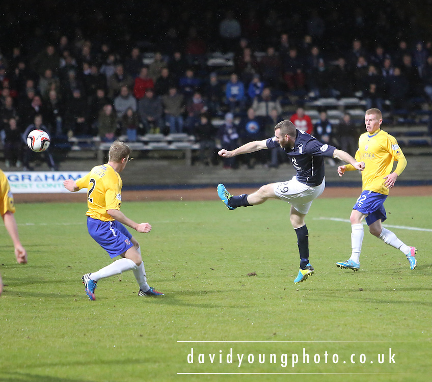 Craig Beattie shoots - Dundee v Cowdenbeath, SPFL Championship at Dens Park<br /> <br />  - &copy; David Young - www.davidyoungphoto.co.uk - email: davidyoungphoto@gmail.com