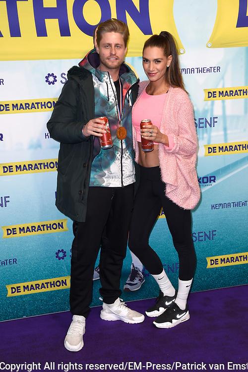 Premiere van de musical De Marathon in het nieuwe Luxor Theater, Rotterdam.<br /> <br /> Op de foto:  Jo&euml;l de Tombe