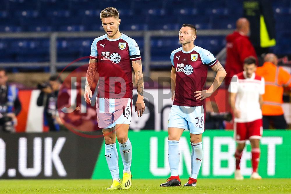Jeff Hendrick of Burnley cuts a frustrated figure along with teammates - Mandatory by-line: Robbie Stephenson/JMP - 30/08/2018 - FOOTBALL - Turf Moor - Burnley, England - Burnley v Olympiakos - UEFA Europa League Play-offs second leg