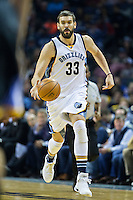 MEMPHIS, TN - DECEMBER 10:  Marc Gasol #33 of the Memphis Grizzlies dribbles down the court against the Golden State Warriors at the FedExForum on December 10, 2016 in Memphis, Tennessee.  The Grizzlies defeated the Warriors 110-89.  NOTE TO USER: User expressly acknowledges and agrees that, by downloading and or using this photograph, User is consenting to the terms and conditions of the Getty Images License Agreement.  (Photo by Wesley Hitt/Getty Images) *** Local Caption *** Marc Gasol