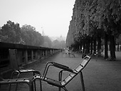 2017-05-04 Tuileries mornings Fuji