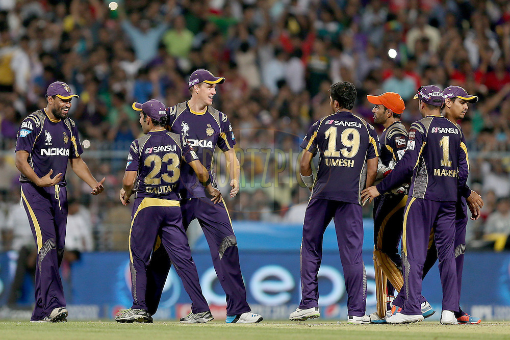 KKR players celebrate after winning the game during the first qualifier match (QF1) of the Pepsi Indian Premier League Season VII 2014 between the Kings XI Punjab and the Kolkata Knight Riders held at Eden Gardens Cricket Stadium, Kolkata, India on the 28th May 2014. Photo by Jacques Rossouw / IPL / SPORTZPICS<br /> <br /> <br /> <br /> Image use subject to terms and conditions which can be found here:  http://sportzpics.photoshelter.com/gallery/Pepsi-IPL-Image-terms-and-conditions/G00004VW1IVJ.gB0/C0000TScjhBM6ikg