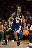27 March 2007: Guard Junior Harrington of the Memphis Grizzlies dribbles the ball down the court against the Los Angeles Lakers during the first half of the Grizzlies 88-86 victory over the Lakers at the STAPLES Center in Los Angeles, CA.