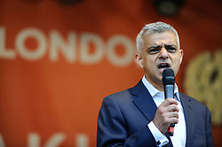 © Licensed to London News Pictures. 28/04/2018. LONDON, UK.  Sadiq Khan, Mayor of London, speaks at Vaisakhi in Trafalgar Square.  For Sikhs and Punjabis, the festival celebrates the spring harvest and commemorates the founding of the Khalsa community over 300 years ago.  Photo credit: Stephen Chung/LNP