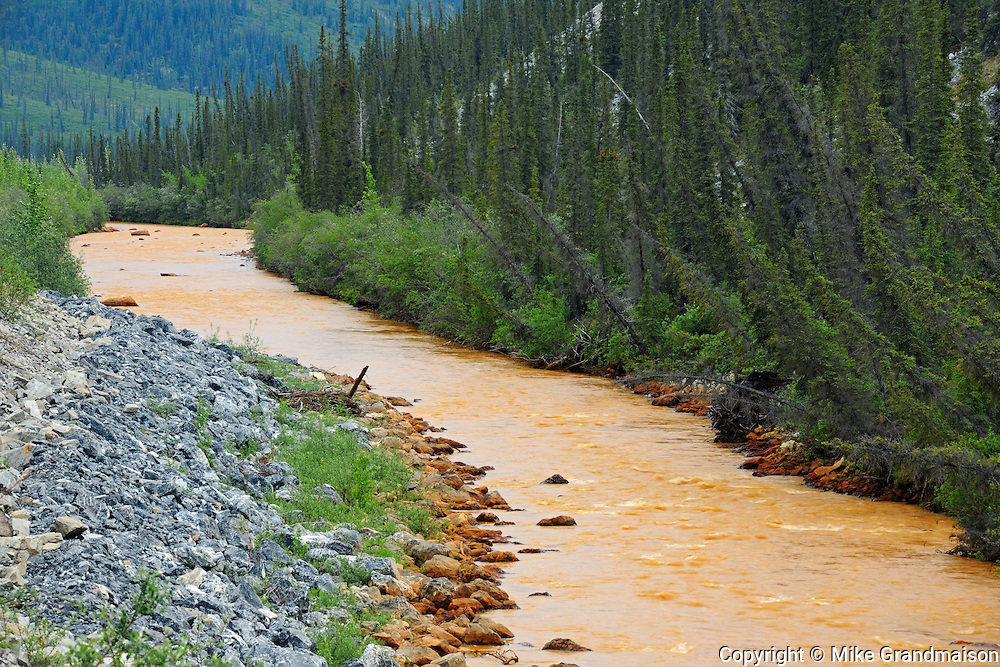 Red Creek along the Dempster Highway Km 168<br /> Dempster Highway<br /> Yukon<br /> Canada