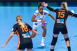 14-12-2018 FRA: Women European Handball Championships France - Netherlands, Paris<br /> Second semi final France - Netherlands / Estelle Nze Minko #27 of France