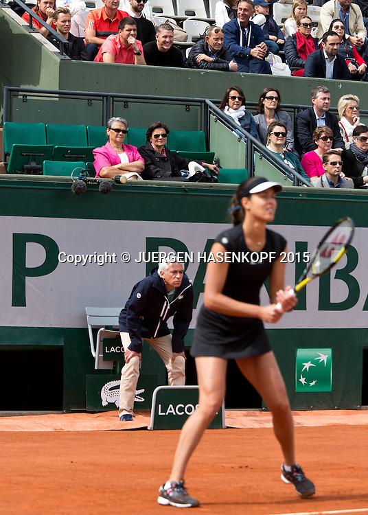 Team Ana Ivanovic (SRB) in der Spielerloge, L-R. Mats Merkel, Fitness Trainer Zlatko Novakovic und Freund Bastian Schweinsteiger,<br /> <br /> Tennis - French Open 2015 - Grand Slam ITF / ATP / WTA -  Roland Garros - Paris -  - France  - 29 May 2015.