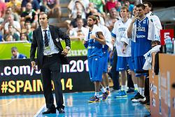 04.09.2013, Arena Bonifka, Koper, SLO, Eurobasket EM 2013, Russland vs Italien, im Bild Simone Pianigiani, head coach of Italy // during Eurobasket EM 2013 match between Russia and Italy at Arena Bonifka in Koper, Slowenia on 2013/09/04. EXPA Pictures © 2013, PhotoCredit: EXPA/ Sportida/ Matic Klansek Velej<br /> <br /> ***** ATTENTION - OUT OF SLO *****