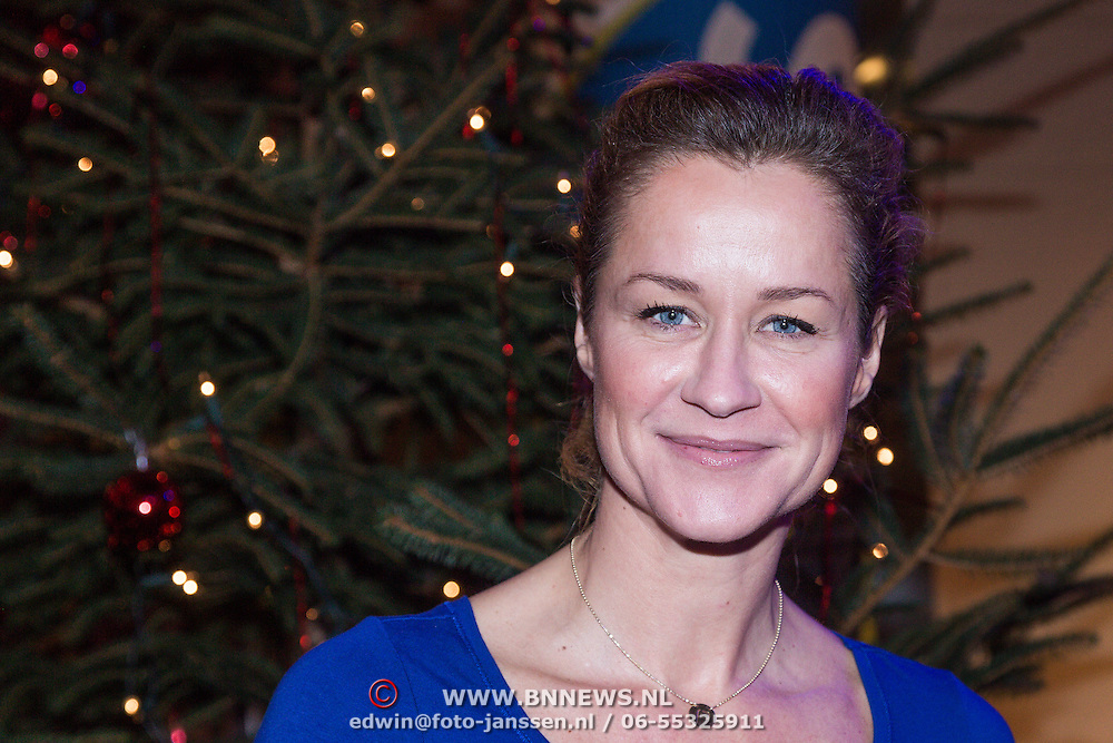 NLD/Hilversum /20131210 - Sky Radio Christmas Tree For Charity 2013, Paulien Huizinga