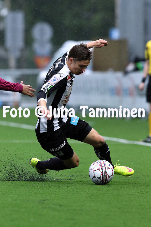 8.7.2016, Elisa Stadion, Hietalahti, Vaasa.<br /> Veikkausliiga 2016.<br /> Vaasan Palloseura - FC Lahti.<br /> Jonas Lev&auml;nen - VPS
