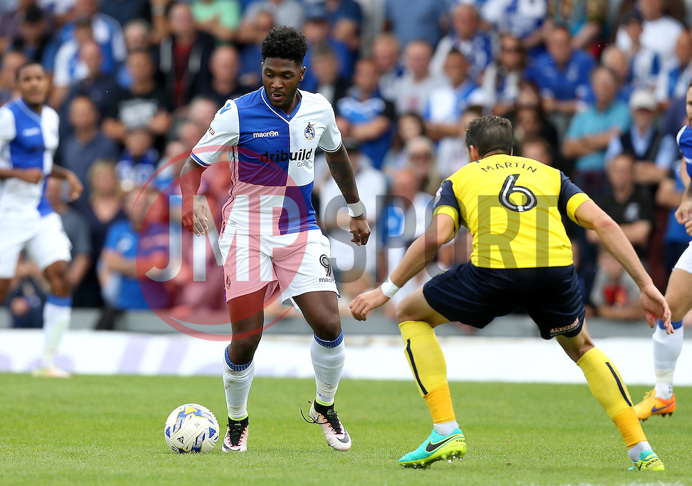 Ellis Harrison of Bristol Rovers takes on Aaron Martin of Oxford United - Mandatory by-line: Robbie Stephenson/JMP - 14/08/2016 - FOOTBALL - Memorial Stadium - Bristol, England - Bristol Rovers v Oxford United - Sky Bet League One