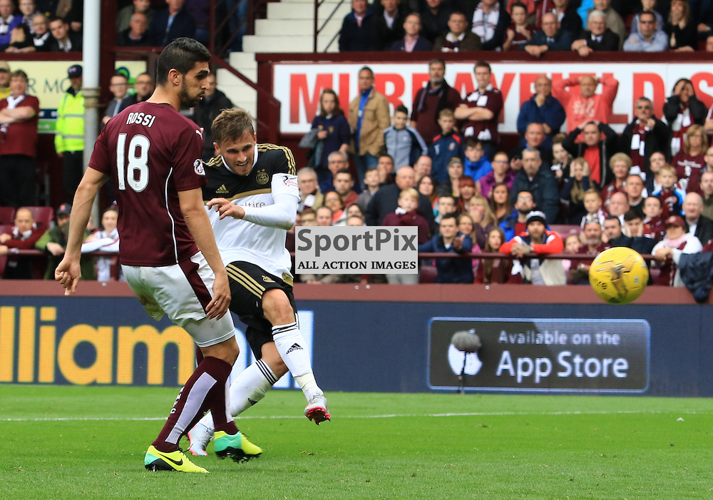 Aberdeen's David Goodwillie fires home the third goal during the Heart of Midlothian FC  V Aberdeen FC  Scottish Premiership  20th September 2015  ©Edward Linton | SportPix.org.uk