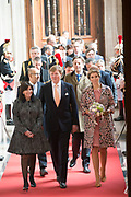 Staatsbezoek aan Frankrijk dag 2 - Ontvangst door de burgemeester van Parijs in Hotel de Ville<br /> <br /> <br /> State Visit to France Day 2 -King and Queen visit the mayor of Paris at the Hotel de Ville<br /> <br /> Op de foto / On the photo:  Aankomst van de Koning Willem Alexander en Koningin Maxima bij Hotel de Ville op de binnenplaats van H&ocirc;tel de Ville door: mevrouw A. Hidalgo, burgemeester van Parijs<br /> <br /> Arrival of King Willem Alexander and Queen Maxima at Hotel de Ville in the courtyard of the H&ocirc;tel de Ville: Mrs A. Hidalgo, mayor of Paris