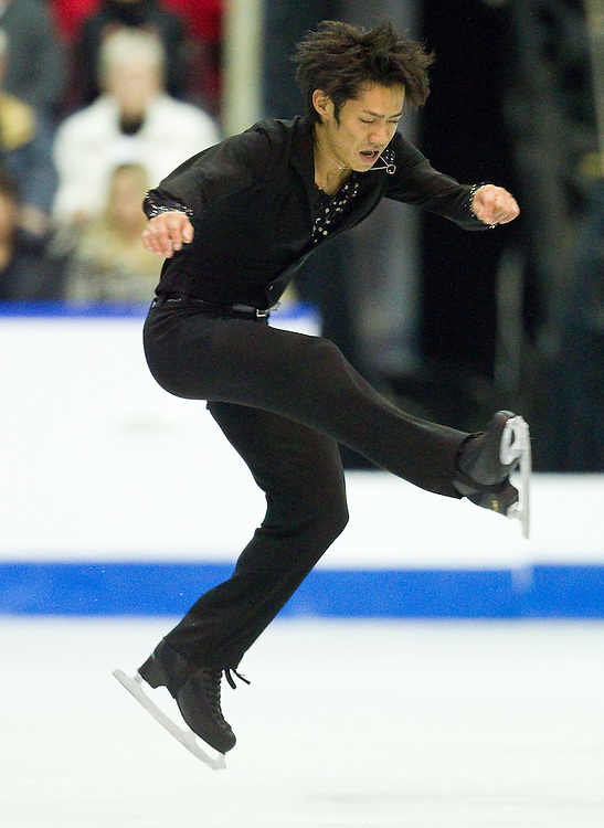 GJR431 -20111029- Mississauga, Ontario,Canada-  Daisuke Takahashi of Japan skates to a bronze medal in the mens competition at Skate Canada International, in Mississauga, Ontario, October 29, 2011.<br /> AFP PHOTO/Geoff Robins