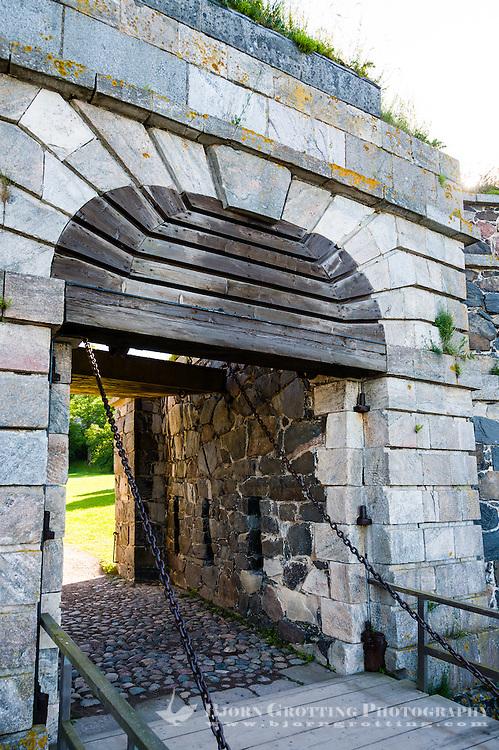 Finland, Helsinki. Suomenlinna sea fortress. Fortifications on Kustaanmiekka, King's Gate.