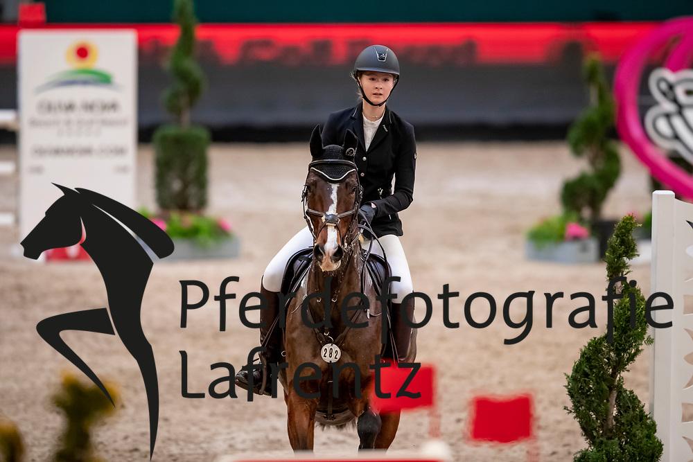 STARCK Pia-Maria (GER), Caluna<br /> Leipzig - Partner Pferd 2019<br /> SPOOKS-Amateur Trophy<br /> Small Tour<br /> 18. Januar 2019<br /> © www.sportfotos-lafrentz.de/Stefan Lafrentz
