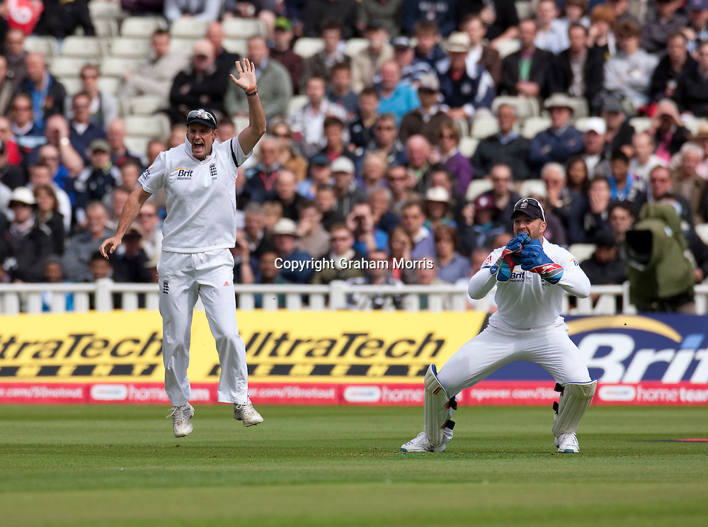 Captain Andrew Strauss celebrates as wicket keeper Matt Prior catches Virender Sehwag first ball during the third npower Test Match between England and India at Edgbaston, Birmingham.  Photo: Graham Morris (Tel: +44(0)20 8969 4192 Email: sales@cricketpix.com) 10/08/11