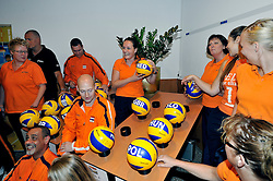 02-07-2011 VOLLEYBAL: DRAW EUROPEAN SITTING VOLLEYBALL: ROTTERDAM<br /> In Novotel Rotterdam was the draw for the European sitting volleyball held in October in Rotterdam Topsportcentrum<br /> ©2011-www.fotohoogendoorn.nl