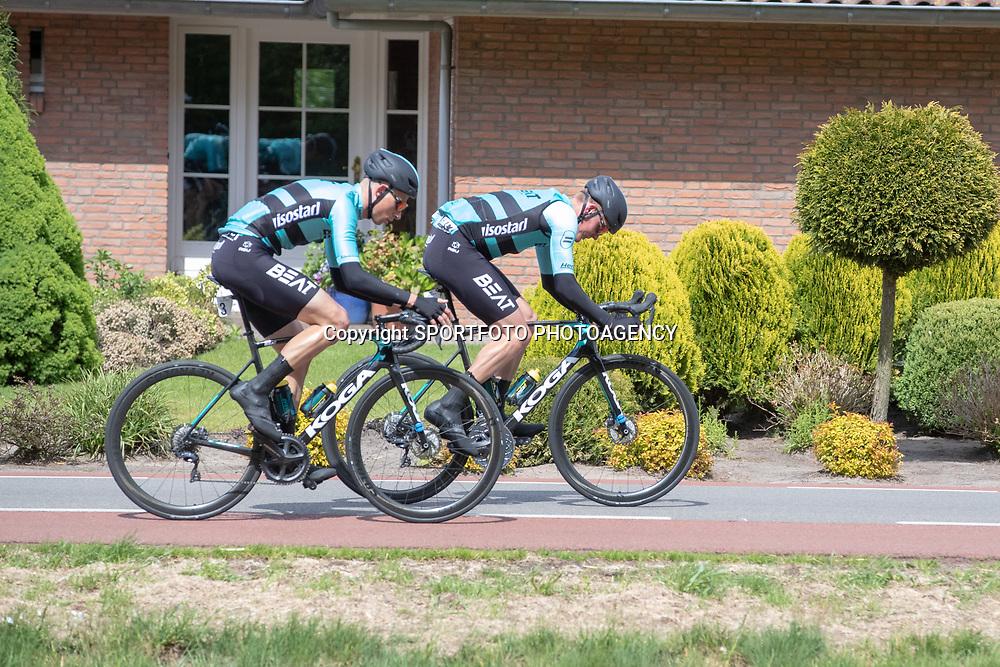 04-05-2019: Wielrennen: Ronde van Overijssel: Rijssen<br />Piotr Havik, Martijn Budding