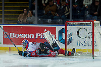 KELOWNA, CANADA - NOVEMBER 14: Leif Mattson #28 of the Kelowna Rockets collides into the net of Travis Child #40 of the Edmonton Oil Kings during second period on November 14, 2017 at Prospera Place in Kelowna, British Columbia, Canada.  (Photo by Marissa Baecker/Shoot the Breeze)  *** Local Caption ***
