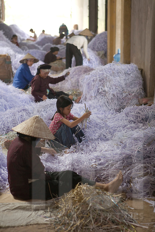 Paper recycling workshop in the village of Cham Khe close to Hanoi, Vietnam, Southeast Asia