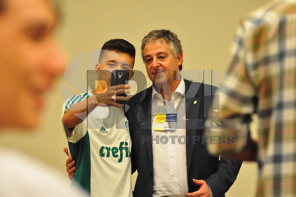SÃO PAULO,SP, 21.08.2015 - FEIRA ESTUDANTE - Paulo Nobre Presidente do Palmeiras durante palestra na Feira do Estudante no Expo Center Norte, zona norte, nesta sexta-feira 21. (Foto: Bruno Ulivieri/Brazil Photo Press)