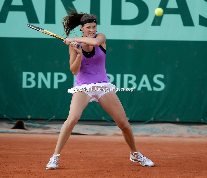 French Open 2011, Roland Garros,Paris,ITF Grand Slam Tennis Tournament , Bojana Jovanovski (SRB),Einzelbild,Aktion,
