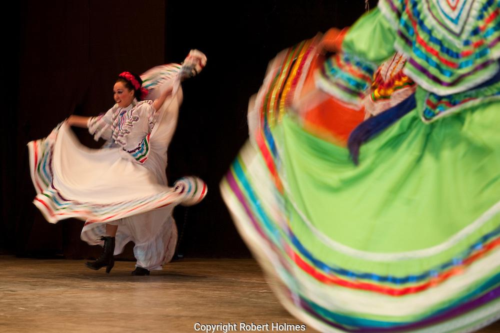 Spectaculare folkloric show in Mazatlan