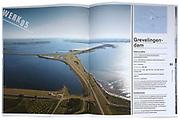 De Deltwerken, p 92 -93, Grevelingendam