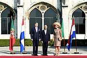 Staatsbezoek van Koning Willem Alexander en Koningin Máxima, aan de Portugese Republiek.<br /> <br /> Statevisit of King Willem Alexander and Queen Maxima to the republic of Portugal<br /> <br /> Op de foto / On the photo: Welkomstceremonie bij het Mosteiro dos Jerónimos, Belém  / Welcome ceremony at the Mosteiro dos Jerónimos, Belém Koningin Maxima