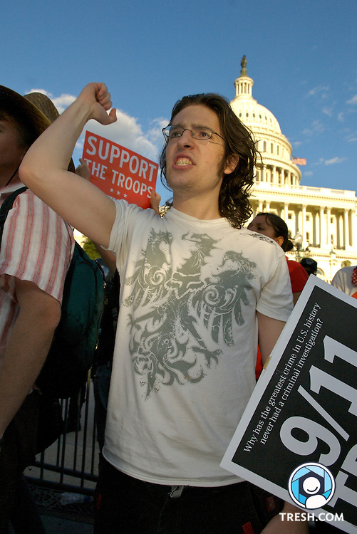 Steve Borowsky of Vienna, Virginia, protests at the September 15, 2007, march on Washington, DC, to end the Iraq war.