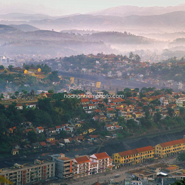 Vietnam Images-Landscape-cityscape-Ha Long city. phong cảnh việt nam