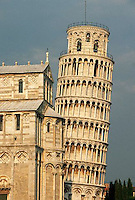 1173-1350, Pisa, Italy --- Leaning Tower of Pisa and Duomo --- Image by © Owen Franken/CORBIS