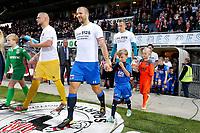 Ron Vlaar of AZ Alkmaar, Marco Bizot of AZ Alkmaar