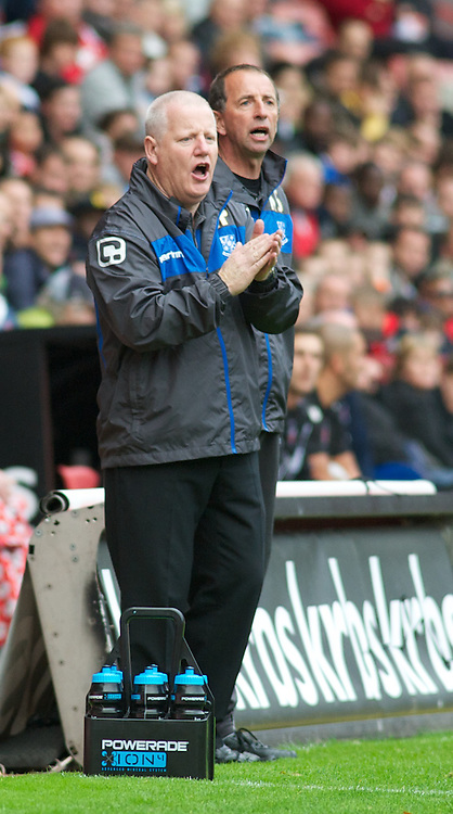 LONDON, ENGLAND - Saturday, October 8, 2011: Tranmere Rovers' Manager Les Parry watches from the sidelines against Charlton Athletic during the Football League One match at The Valley. (Pic by Gareth Davies/Propaganda)