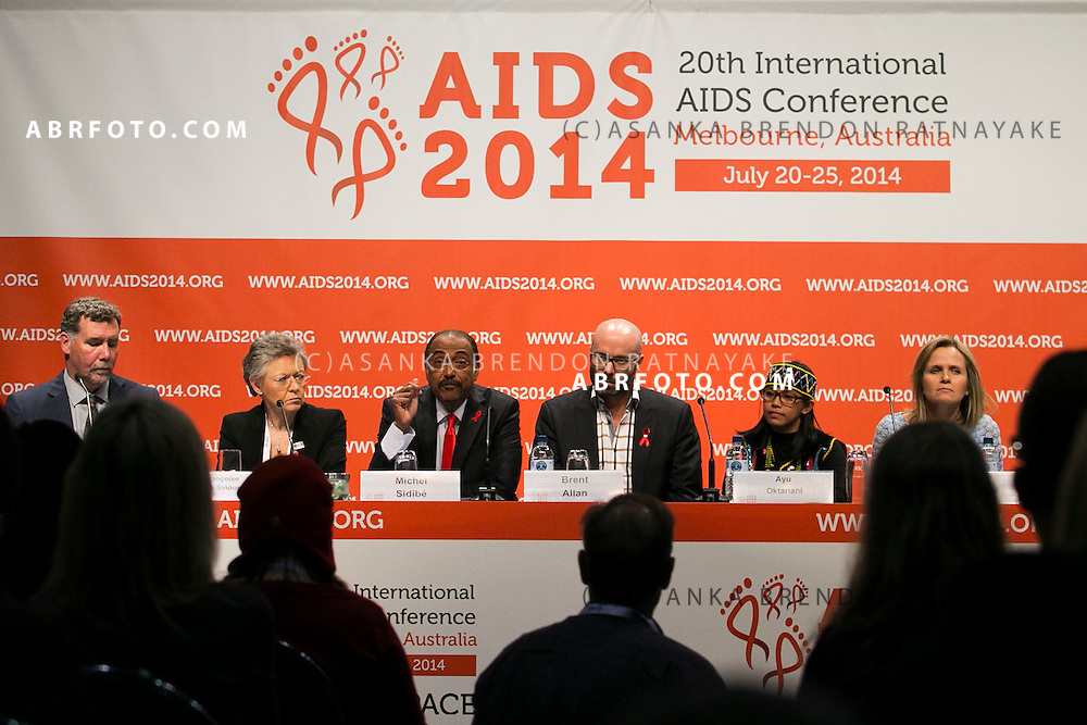 20/07/2014. Speakers from the opening session of the International aids conference address the media during the official opening press conference of the 20th International AIDS conference held in Melbourne Australia on July 20, 2014.  Photo credit : Asanka Brendon Ratnayake