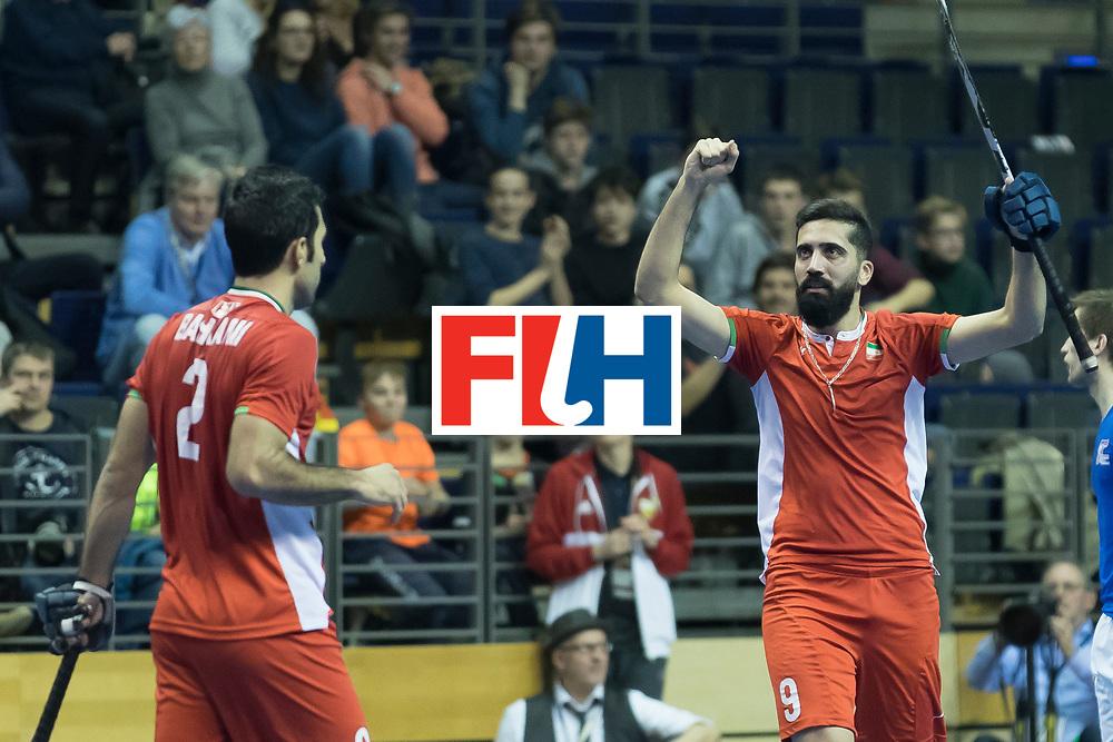 Hockey, Seizoen 2017-2018, 09-02-2018, Berlijn,  Max-Schmelling Halle, WK Zaalhockey 2018 MEN, Iran - Czech Republic 2-2 Iran Wins after shoutouts, penaltycorner Navid Taherirad.