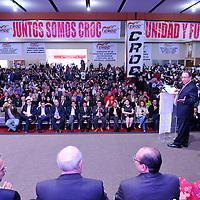 TOLUCA, Mexico.- El senador Isaías Gonzáles Cuevas durante el acto de adhesión de Sindicatos y organizaciones a la Confederación Revolucionaria Obrero Campesina (CROC). Agencia MVT / Mario Vazquez de la Torre.