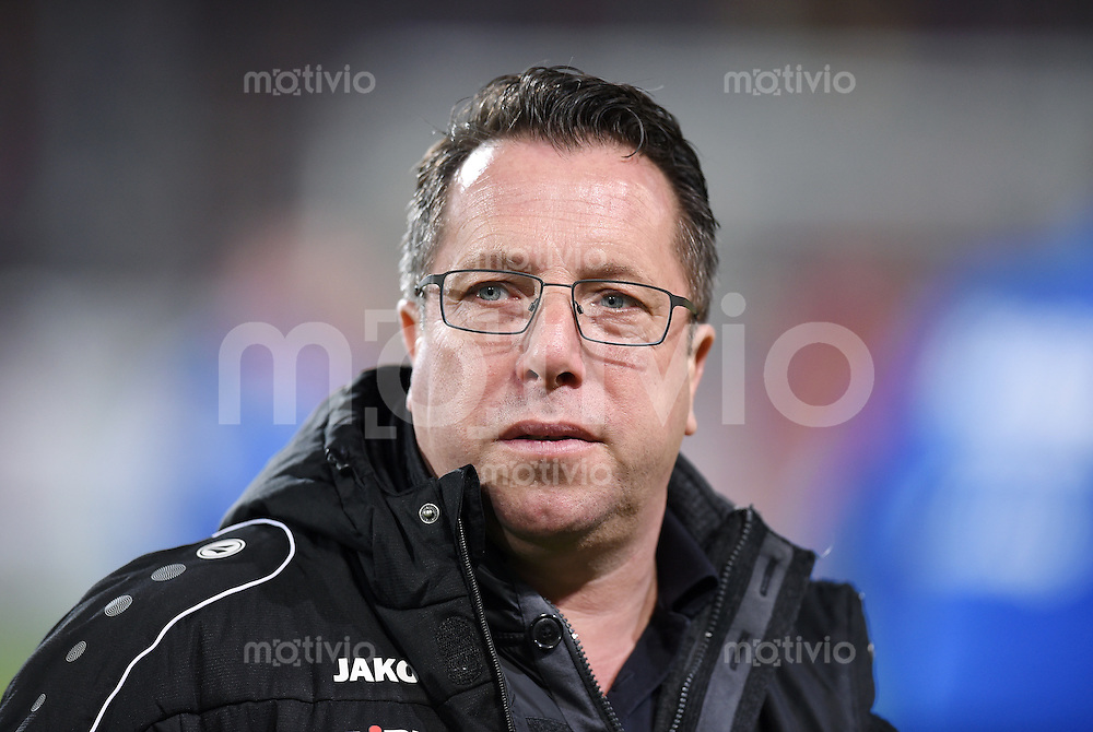 Fussball  2. Bundesliga  Saison 2015/2016  27. Spieltag SC Freiburg - Karslruher SC        13.12.2015 Trainer Markus Kauczinski (Karslruher SC)