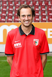 08.07.2015, WWK Arena, Augsburg, GER, 1. FBL, FC Augsburg, Fototermin, im Bild Videoanalyse Lars Gerling (FC Augsburg) // during the official Team and Portrait Photoshoot of German Bundesliga Club FC Augsburg at the WWK Arena in Augsburg, Germany on 2015/07/08. EXPA Pictures © 2015, PhotoCredit: EXPA/ Eibner-Pressefoto/ Kolbert<br /> <br /> *****ATTENTION - OUT of GER*****