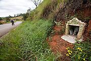 Monte Belo_MG, Brasil...Imagem de santos proximo a BR 491 em Monte Belo...Saints image next to BR 491 in Monte Belo...Foto: LEO DRUMOND / NITRO