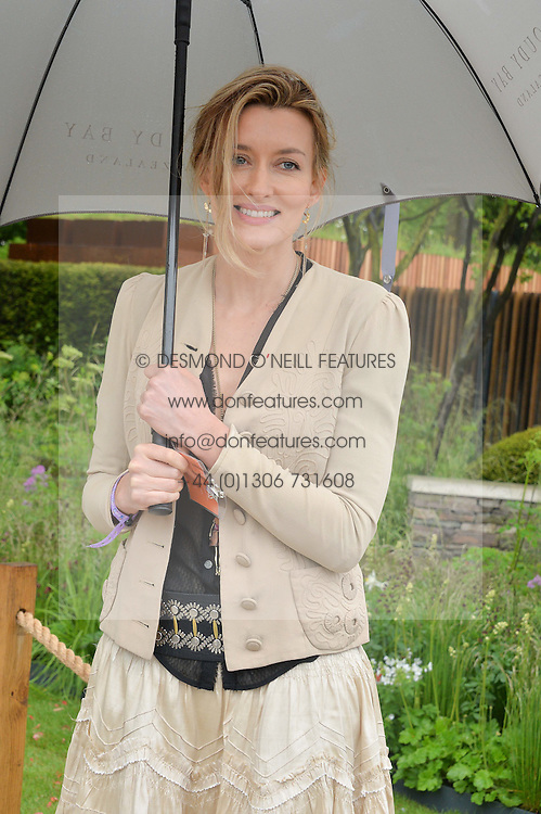 NATASCHA McELHONE at the 2015 RHS Chelsea Flower Show at the Royal Hospital Chelsea, London on 18th May 2015.