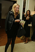 Judith Greve, PARTY AFTER THE OPENING OF THE ANISH KAPOOR EXHIBITION AT THE LISSON GALLERY. Duchess Palace, 16 Mansfield St. London. W1. 10 October 2006. -DO NOT ARCHIVE-© Copyright Photograph by Dafydd Jones 66 Stockwell Park Rd. London SW9 0DA Tel 020 7733 0108 www.dafjones.com