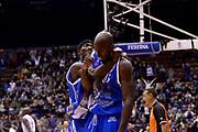 DESCRIZIONE : Milano Coppa Italia Final Eight 2014 Finale Montepaschi Siena Banco di Sardegna Sassari<br /> GIOCATORE : Marques Green Caleb Green<br /> CATEGORIA : esultanza scelta<br /> SQUADRA : Banco di Sardegna Sassari<br /> EVENTO : Beko Coppa Italia Final Eight 2014<br /> GARA : Montepaschi Siena Banco di Sardegna Sassari<br /> DATA : 09/02/2014<br /> SPORT : Pallacanestro<br /> AUTORE : Agenzia Ciamillo-Castoria/C.De Massis<br /> Galleria : Lega Basket Final Eight Coppa Italia 2014<br /> Fotonotizia : Milano Coppa Italia Final Eight 2014 Finale Montepaschi Siena Banco di Sardegna Sassari<br /> Predefinita :