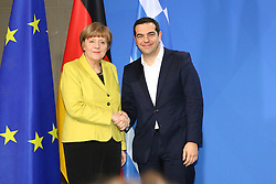 23.03.2015, Bundeskanzleramt, Berlin, GER, SPO, Merkel empfängt Tsipras, im Bild Shakehands am Ende der Pressekonferenz zwischen Bundeskanzlerin Angela Merkel (CDU) und Alexis Tsipras (SYRIZA), griechischer Premierminister, Empfang des griechischen Ministerpraesidenten Alexis Tsipras // German Chancellor Angela Merkel welcomes Greek Prime Minister Alexis Tsipras at the Bundeskanzleramt in Berlin, Germany on 2015/03/23. EXPA Pictures © 2015, PhotoCredit: EXPA/ Eibner-Pressefoto/ Hundt<br /> <br /> *****ATTENTION - OUT of GER*****