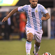 EAST RUTHERFORD, NEW JERSEY - JUNE 26:  Sergio Aguero #11 of Argentina in action during the Argentina Vs Chile Final match of the Copa America Centenario USA 2016 Tournament at MetLife Stadium on June 26, 2016 in East Rutherford, New Jersey. (Photo by Tim Clayton/Corbis via Getty Images)